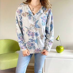 Tops - 2/$25💞Vintage floral half button down long sleeve